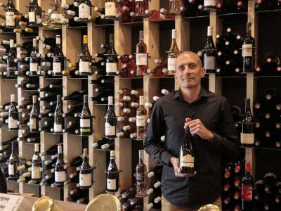 Vin chez Toi et Vin chez Moi : deux lieux incontournables à Annecy-le-Vieux