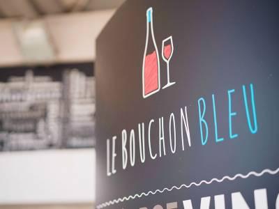Commandez à la cave Le Bouchon Bleu à Donzère et récupérez votre commande à Bourg-Saint-Andéol !