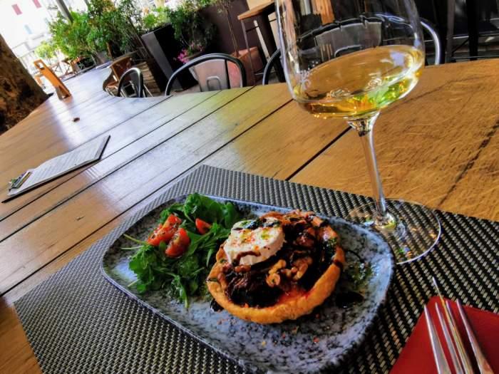 L'Arbre à vins, cave et Bar à vins à Vaison la Romaine