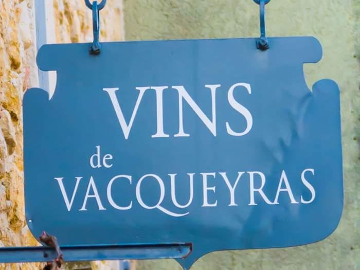 Caveau de Vacqueyras - Plus de 110 références à prix domaine !