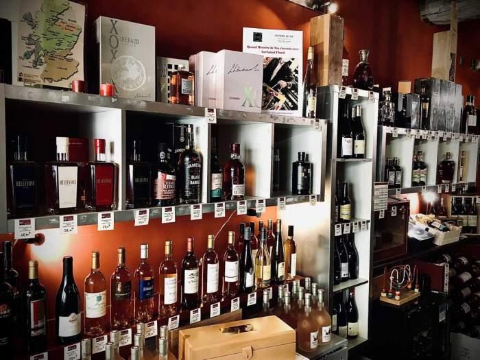 Histoire de Vin à Nîmes : une gamme riche de près de 700 références !