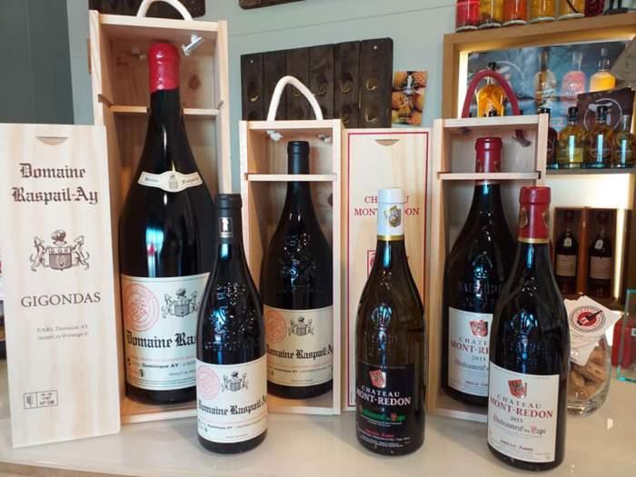 Un large choix de vins chez Le Petit Caviste !