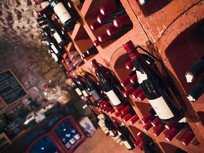AVRA, cave à vin et épicerie fine à Saint-Rémy de Provence