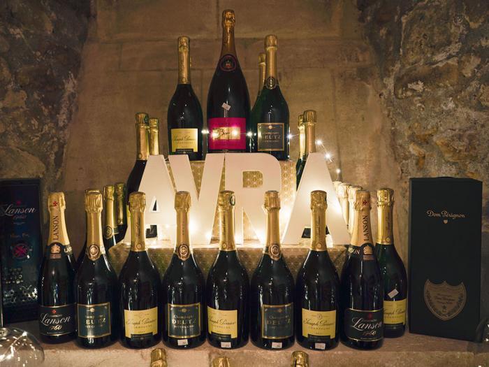 AVRA, un large choix de champagnes...