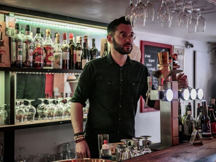 Steven Larrue Le Canotier Bar à vins et bières Montpellier