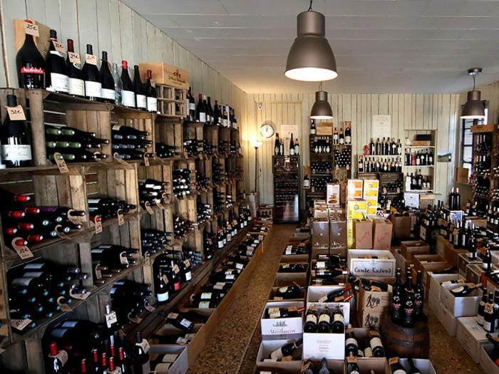 Cave Grès Vin à Saint Etienne du Grès