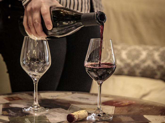 Dégustation de vin au Cellier du Castel à Châteaurenard